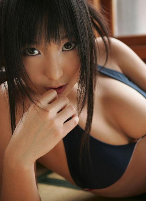 泳手少女巨乳私密照