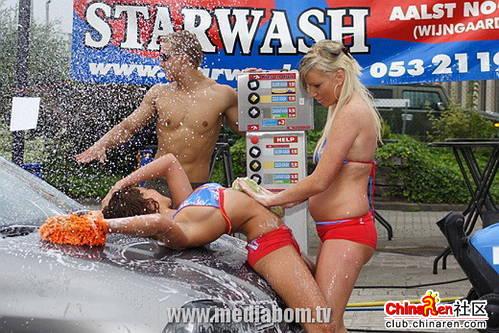 国外性感洗车女