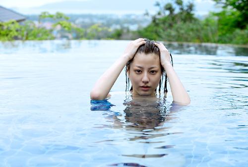 泳手美少女优雅高贵写真