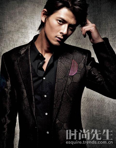 棕色领带/giorgio