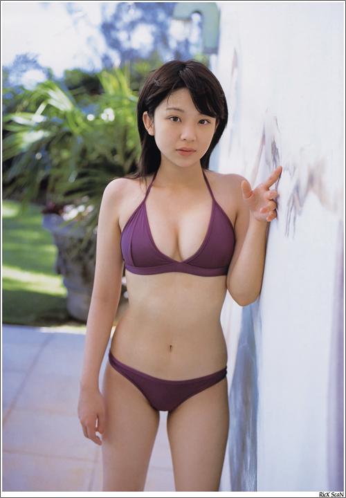 巨乳体校女生素颜写真