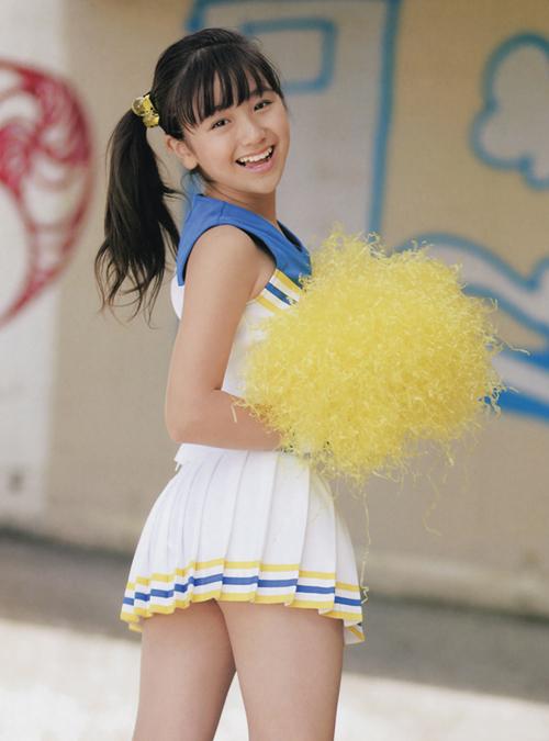 排球美少女夏日清纯写真