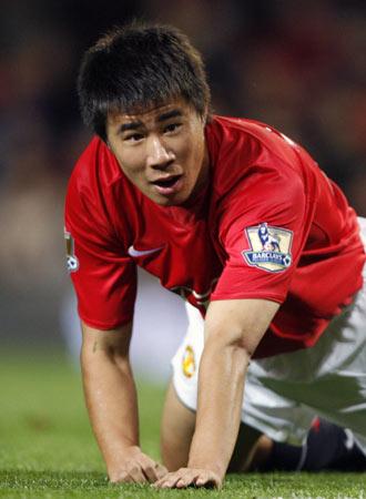 董方卓在2006年年底,中国球员董方卓成为中国媒体和球迷最...
