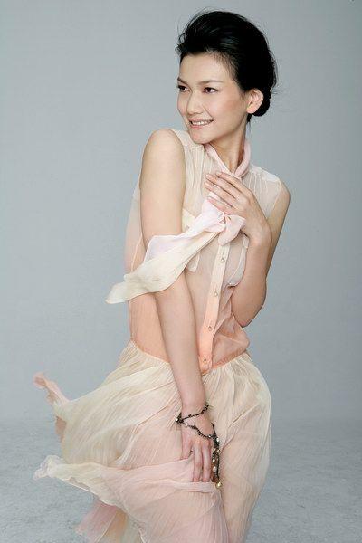名模姜培琳遭严重车祸面部擦伤 高清图片