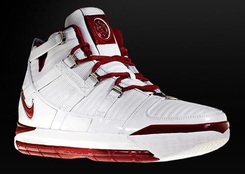 NIKE篮球鞋之LeBron系列