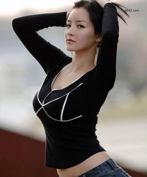 身材高挑的美女