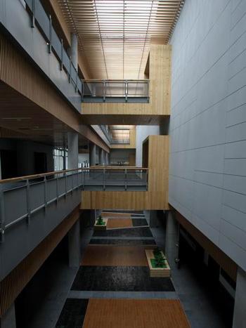 图文:北京射击馆验收交付 贯通三层的内部中庭