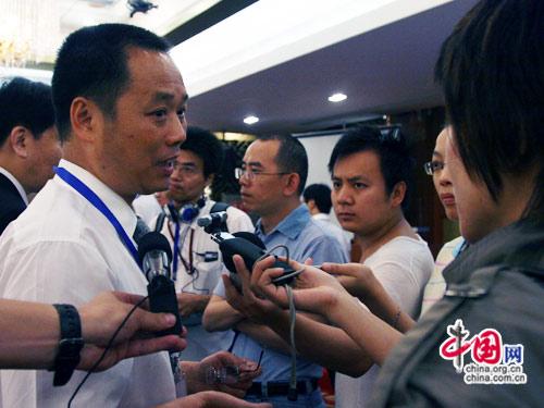 李又副厅长接受包括中国网等众多媒体采访
