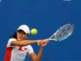 8月4日,中国选手晏紫在北京奥林匹克公园网球场进行训练