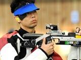 8月5日,参加北京奥运会的各代表团选手继续在北京射击馆和射击场训练