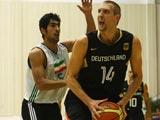 8月7日,德国男篮积极训练,备战奥运会。