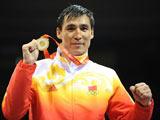 8月24日,在北京奧運會拳擊男子81公斤級決賽中,中國選手張小平戰勝愛爾蘭選手肯尼·伊根,獲得冠軍。