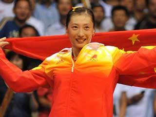 北京奥运会闭幕式中国军团旗手张宁。