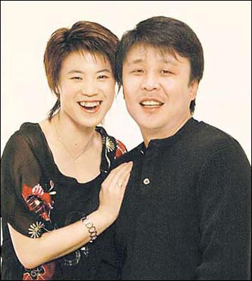王楠的老公_低调老公高调赚钱 作为中国体坛的招牌人物之一,王楠走到哪里都是被