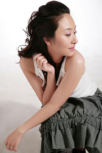 Black Rose 中国围棋第一美女 唐莉正式进军影视圈 组图