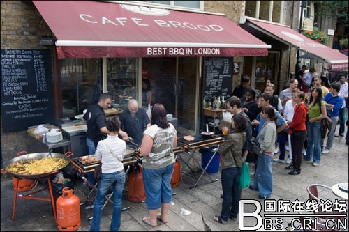 看看有啥好吃的 拎起菜篮带你逛伦敦集市