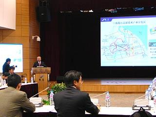 18年浦東探索産業升級之路