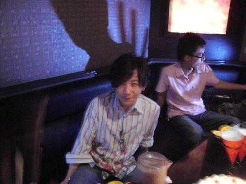魔术师刘谦生活近照 邻家大哥模样爱耍宝图片