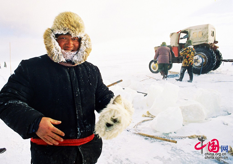 達裏湖冬捕 攝影/鄒寶良