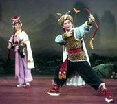 《十一郎》吕瑞英饰徐凤珠、史济华饰穆玉玑 1980年9月