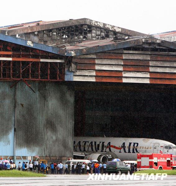 万隆,飞机坠毁,西爪哇省,事故造成,死亡,坠机,军用飞机,救援工作,国际机场,印度尼西亚