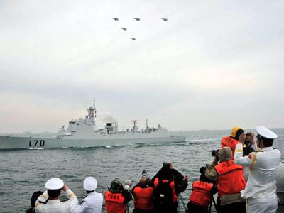 新中国60年海上阅兵开始