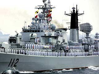 庆祝人民海军成立60周年海上阅兵活动举行[组图]