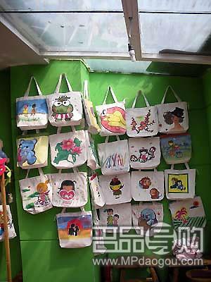 北京搜店:胡同里的手绘包店