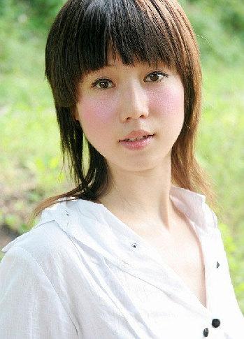 人体艺照片_网上最红女模张筱雨生活写真_中国网