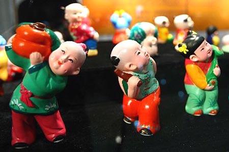 """""""六一""""前夕 北京举行第二届怀旧玩具展[组图]"""