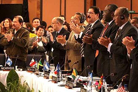 美洲国家组织大会宣布废除1962年驱逐古巴决议[组图]