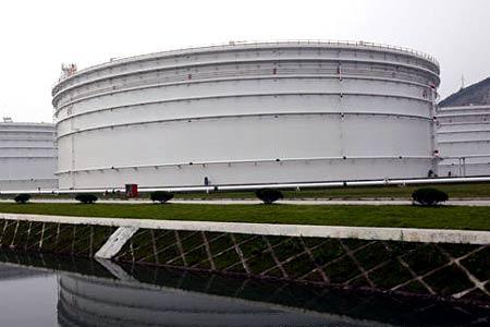 中国战略石油储备基地首次接待中外媒体采访[组图]