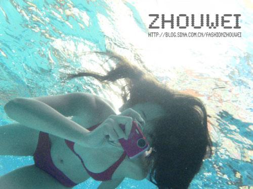 水下比基尼美女写真图