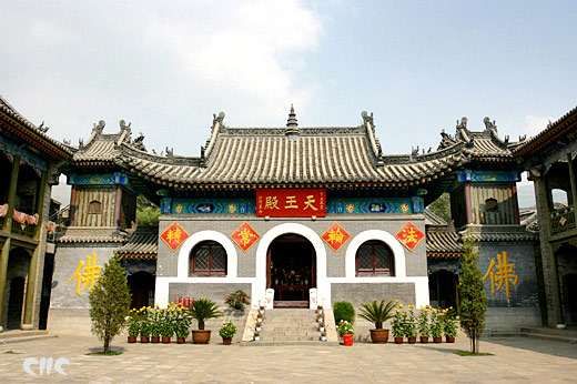 五台山普寿寺天王殿 (中国网资料图)