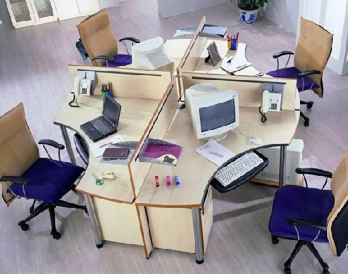 7,葫芦型桌面办公桌:一般桌面是长方形或者正方形,不规则型或者葫芦
