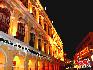 购物街:在澳门购物的魅力无法阻挡,因为低税率政策,地理条件和低消费水平,造成了澳门物美价廉,处处充满惊喜的购物环境。中国网  于雅光/摄影
