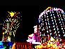 新老两个葡京赌场: 葡京即葡萄牙的京城之意,澳门葡京赌场是澳门娱乐公司下属六大娱乐场中最大的赌场,又号称东亚的最大赌场。 中国网  于雅光/摄影