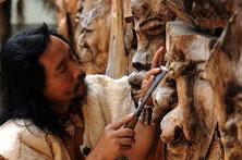 哈尼族树皮艺术