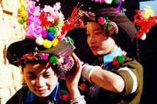 普米族人过春节
