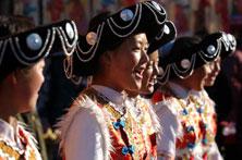 普米族少女唱民歌