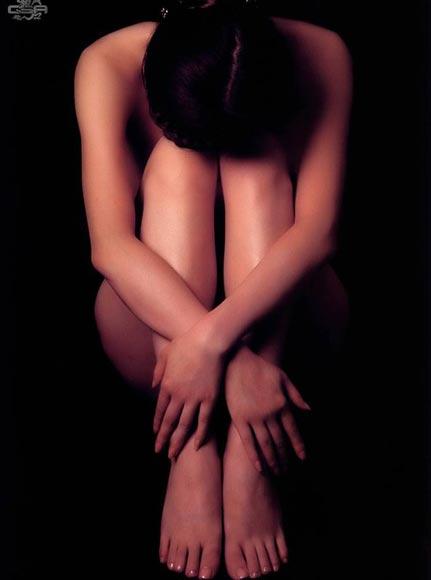 根人体艺术_体操选手汤加丽的人体艺术写真.