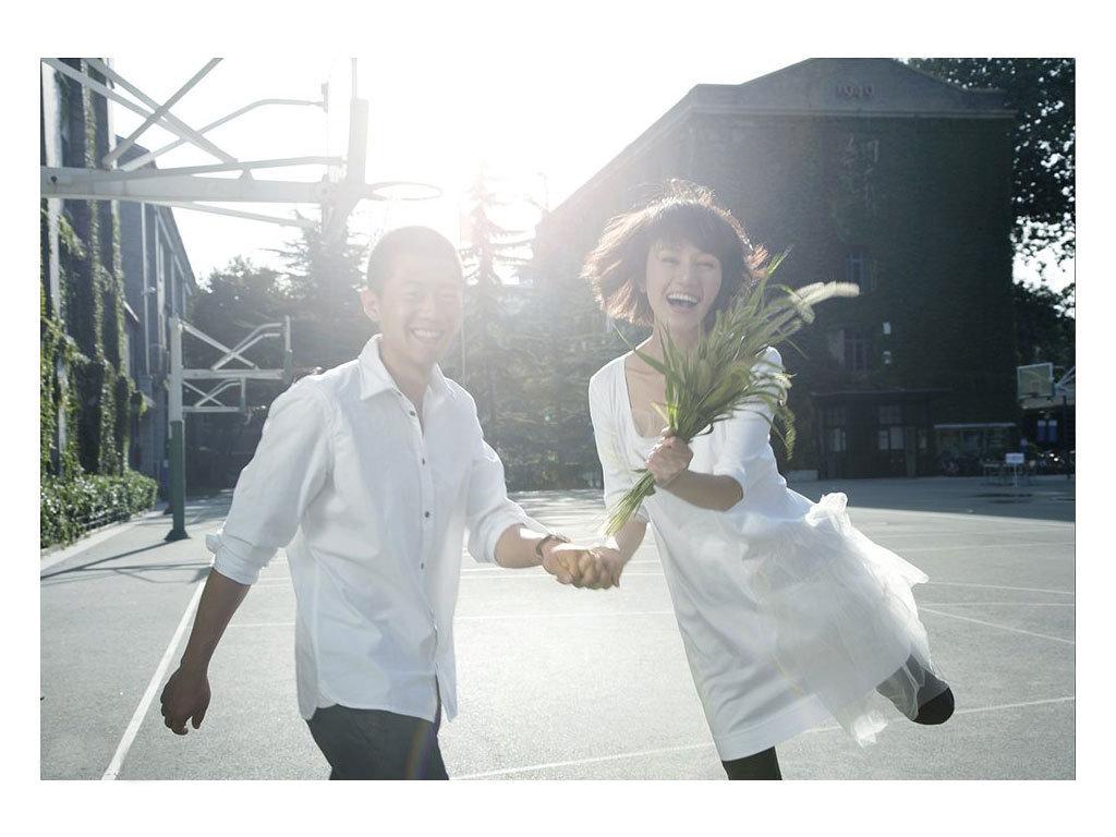 夏雨袁泉中戏拍清纯结婚写真_图片中心_中国网