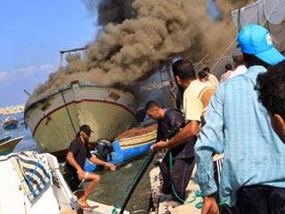 以色列海军袭击巴勒斯坦渔船[组图]