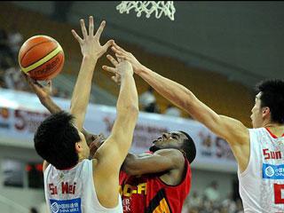 斯坦科維奇杯:中國男籃奪得第三名[組圖]
