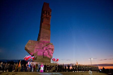 波蘭紀念二戰歐洲戰事爆發70週年[組圖]