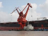 海輪入江第一港——南通港。南通港區東瀕黃海,南臨長江,是海輪進入長江的第一個港口