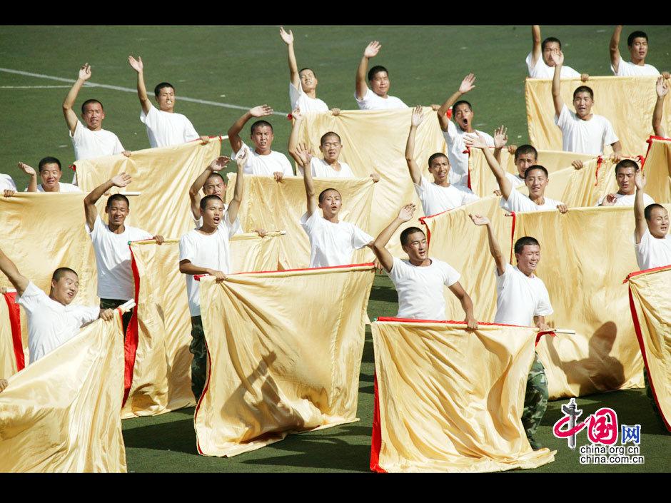 国庆排练:幕后那些最可爱的人(官兵篇) _图片中心