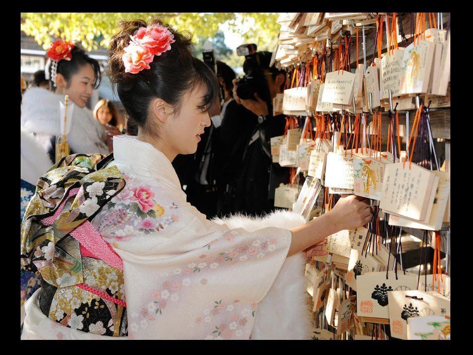 高清图集:日本女孩迎成人节