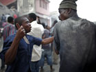 海地震后治安失控血案频发[高清大图]
