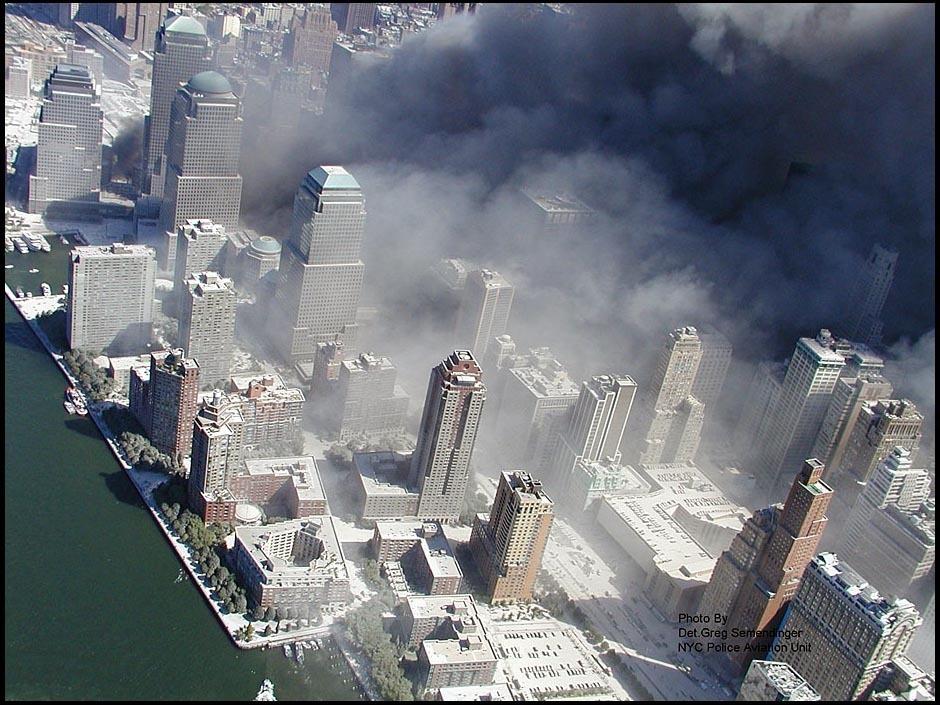 """纽约/美国纽约警方2月10日公布了2001年""""9.11""""恐怖袭击事件发生时..."""